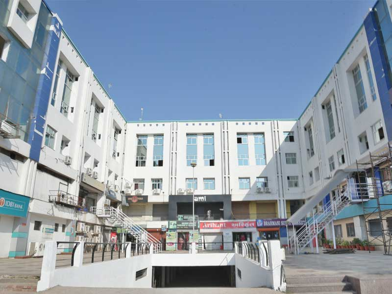 infocity-super-mall-two-commercial-space-rent